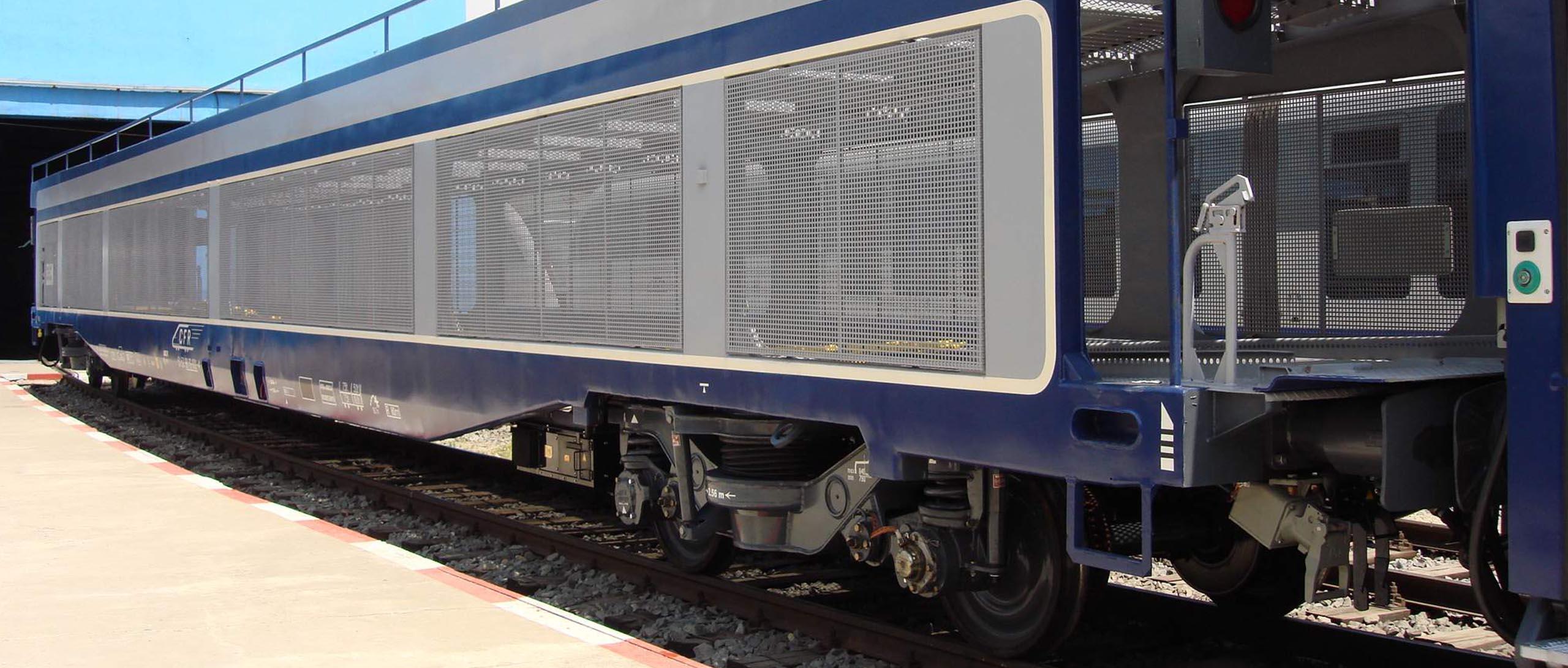 22 Vagon furgon pentru transportul autoturismelor